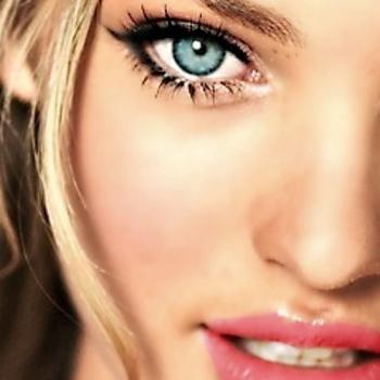 Isobel_closeup